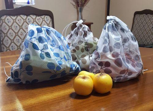 8 bolsas para frutas y verduras reutilizables. Puedes guardarlas en el refrigerador. Reduce tu uso de bolsas plásticas. -portada